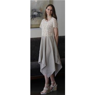 02-834 Kleid mit angesetztem Zipfelrock