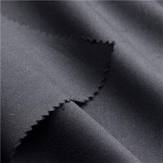 Popeline schwarz, 80 cm Reststück, leicht verschmutzt