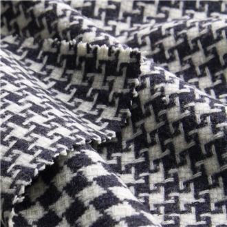 Schach mit Hahnentritt marine und weiß, 380 cm Reststück