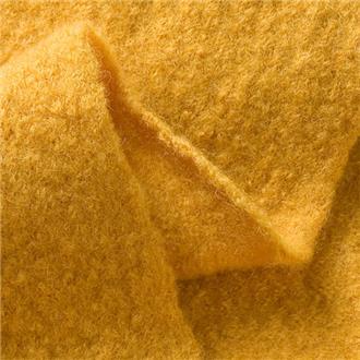Walk mais, 325 cm Reststück mit Filzfehlern ca. 15 & 80 cm von Kante, ganze Länge